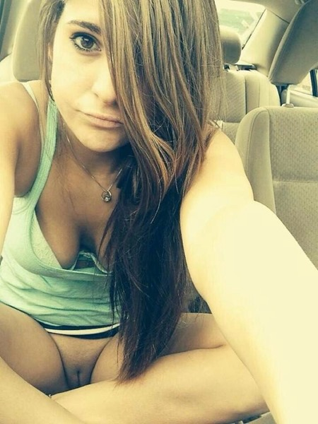 chat live for free with Megany nude
