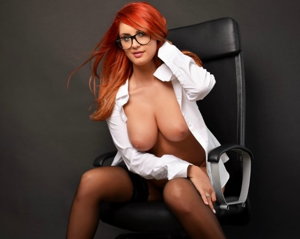 naughty secretary nerd slut SquirtCarlla